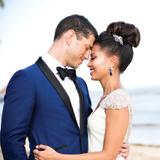 Mariage reunion, couple mariée sur la plage